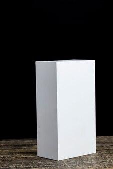 Boîte de papier blanc