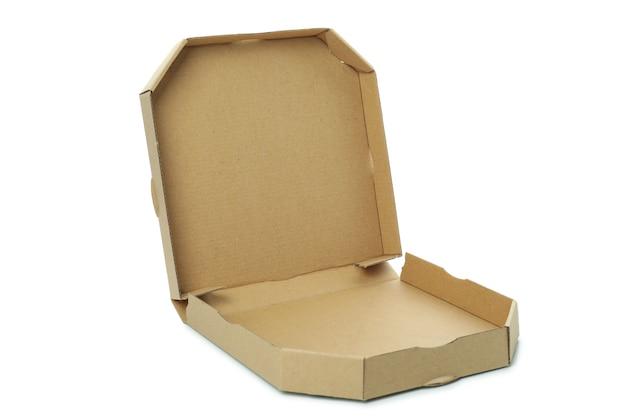 Boîte à pizza en papier isolé sur une surface blanche
