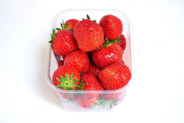 Boîte en plastique de fraises