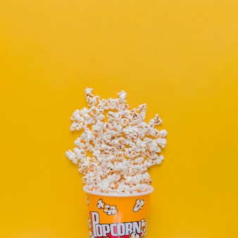 Boîte de pop-corn épars