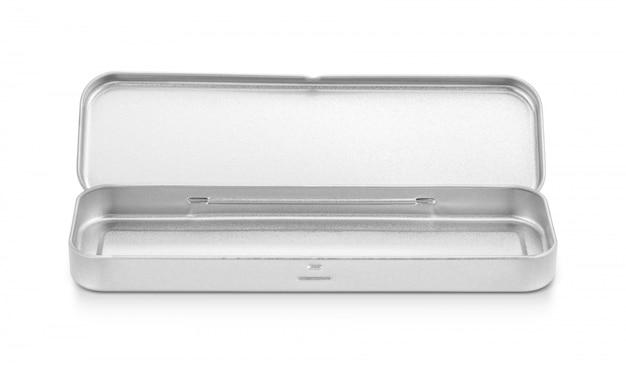 Boîte stanless vierge pour crayon ou papeterie isolé sur fond blanc