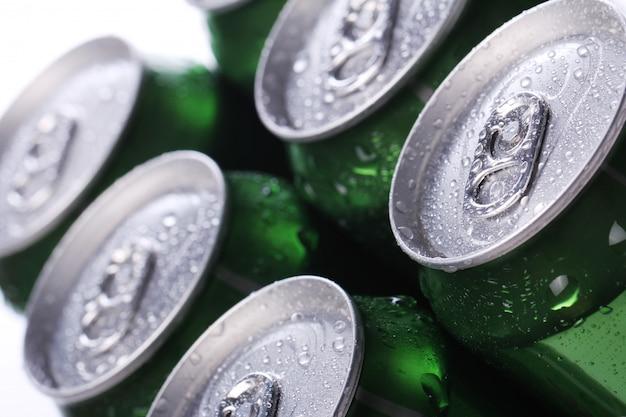 Boîtes avec boisson froide