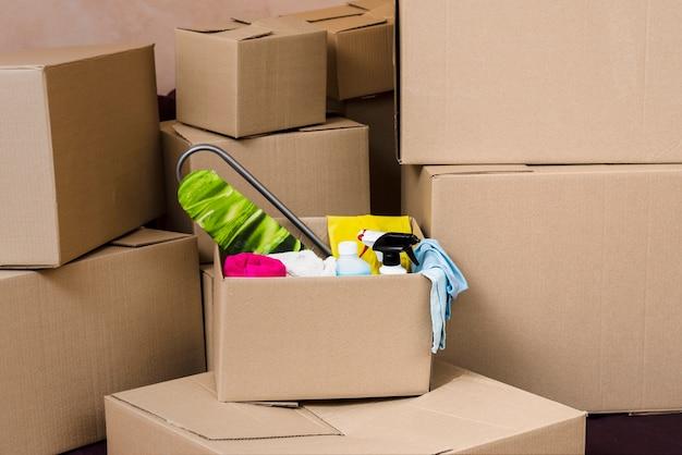 Boîtes emballées pour la relocalisation