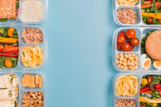 Boîtes à lunch vue de dessus avec copie-espace