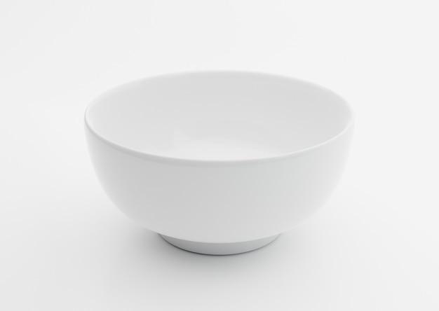 Bol blanc en céramique vide sur fond blanc, illustration 3d