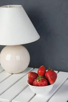 Bol blanc de fraise