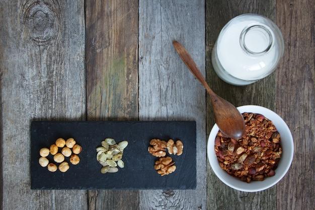 Bol granola mielleux aux graines de lin
