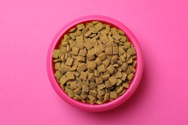 Bol pour animaux avec alimentation sur rose