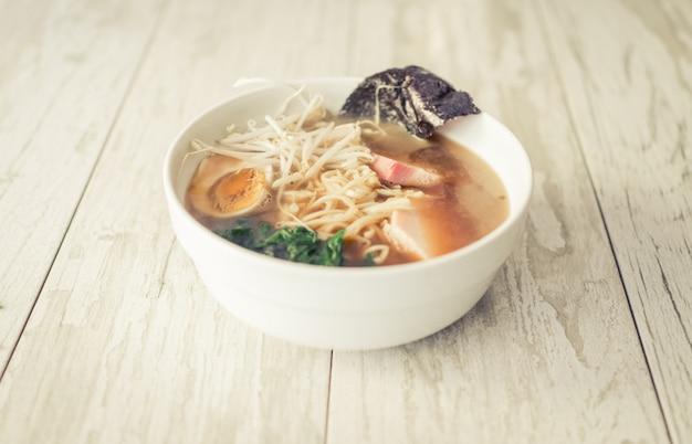 Bol de ramen japonais