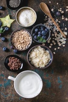 Bol de smoothie au yaourt