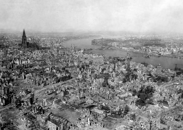 Bombardements destruction cologne guerre guerre après