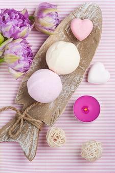 Bombes de bain à la vanille et à la fraise