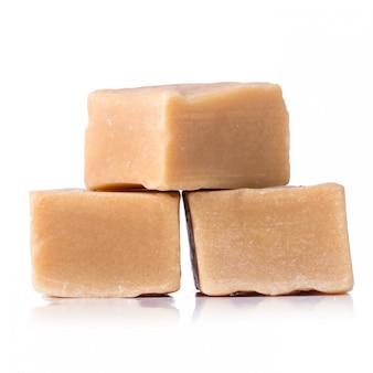 Bonbons au caramel sucré