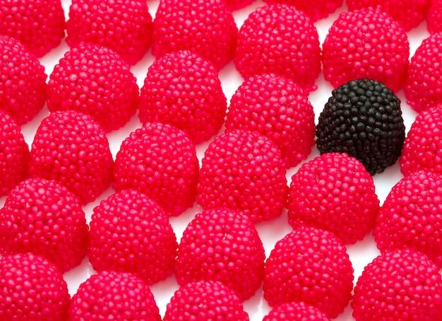 Bonbons aux mûres rouges et noires