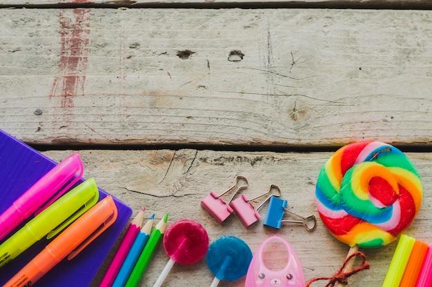 Bonbons doux et stylos