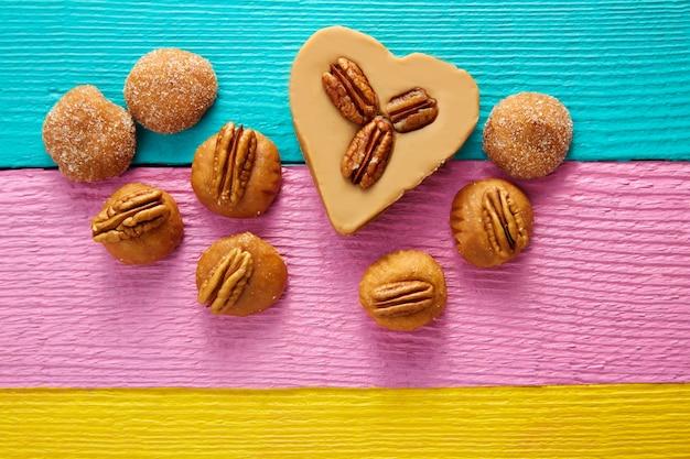 Bonbons mexicains bonbons coeur cajeta avec pacanes