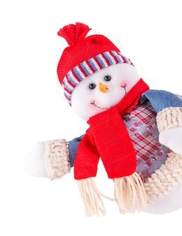 Bonhomme de neige isolé sur blanc