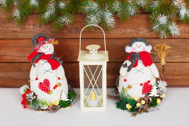 Bonhomme de neige de noël. décoration de noël