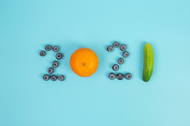 Bonne année 2021 et nouveau vous avec des fruits et légumes