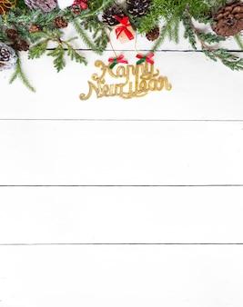Bonne année avec copie espace sur fond blanc