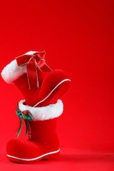 Bonne année, joyeux noël, bottes de père noël