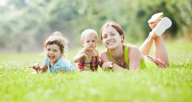 Bonne mère et ses enfants