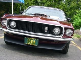 Bordeaux ford mustang