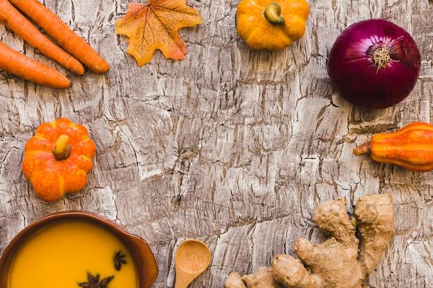 Bordure de légumes et de soupe
