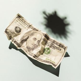 Bouchent le billet d'un dollar avec espace copie