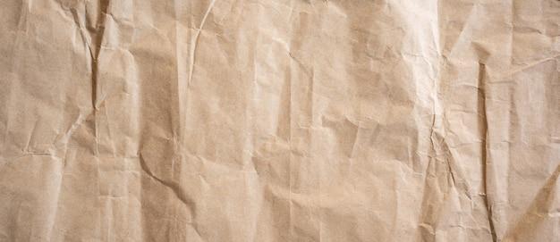 Bouchent la texture du papier brun froissé