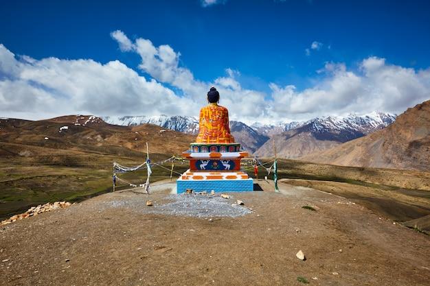 Bouddha dans le village de langza