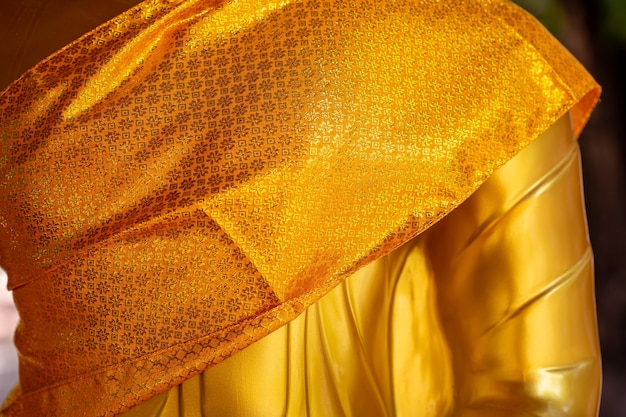 Bouddha d'or dans le temple