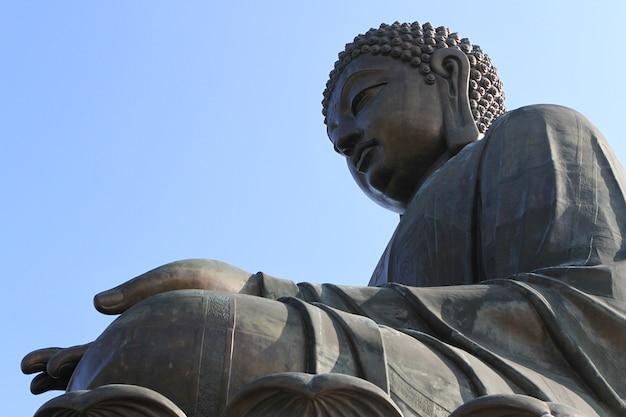 Le bouddha tian tan à hong kong