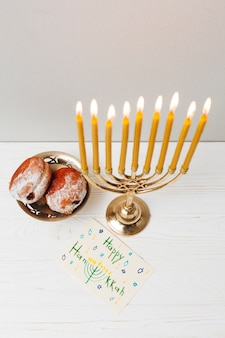 Bougeoir traditionnel pour hanukkah