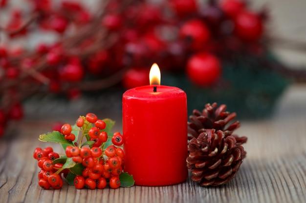Bougies de noël rouges