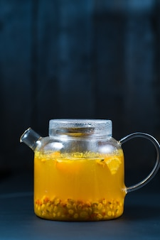Bouilloire à thé à l'argousier.