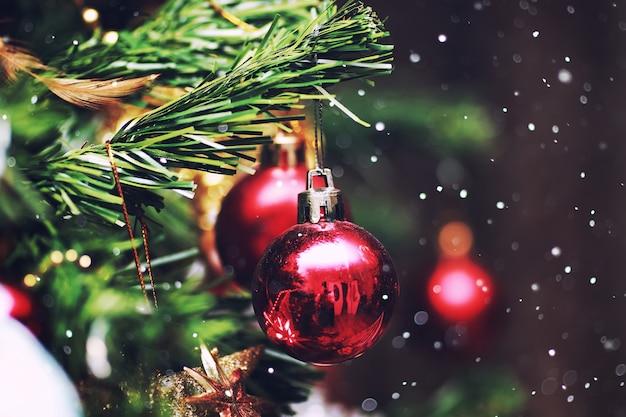 Boule d'arbre du nouvel an