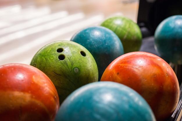 Boule de bowling sur un terrain à rio de janeiro, brésil.