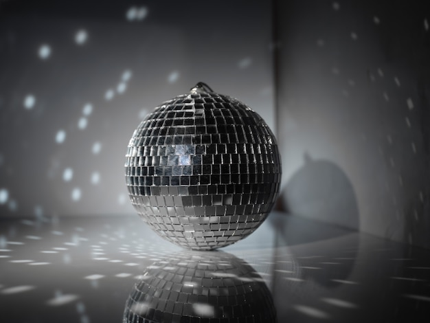 Boule disco sur résumé
