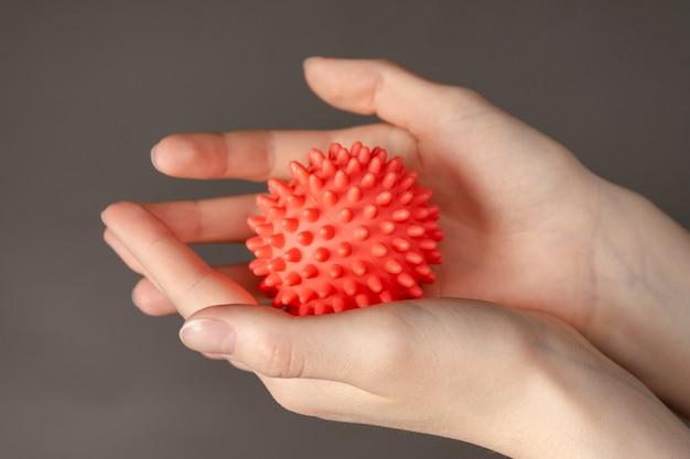 Boule simulant un coronavirus