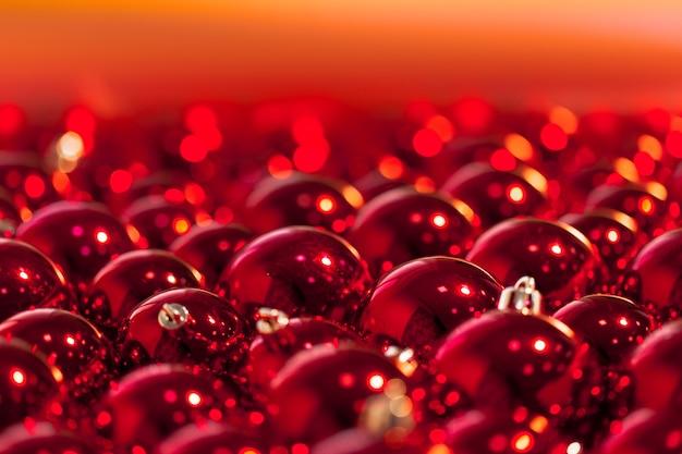Boules de noel rouges