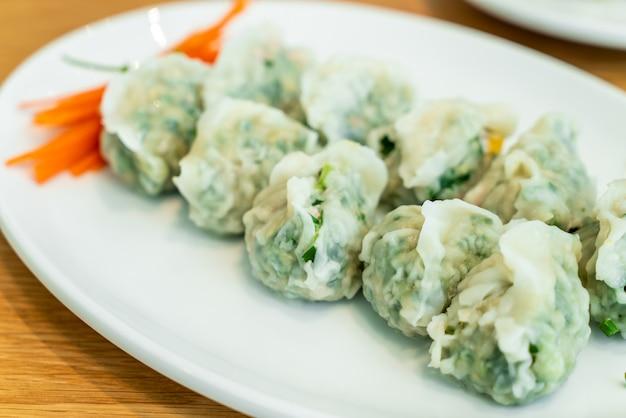 Boulette de porc aux légumes à la chinoise