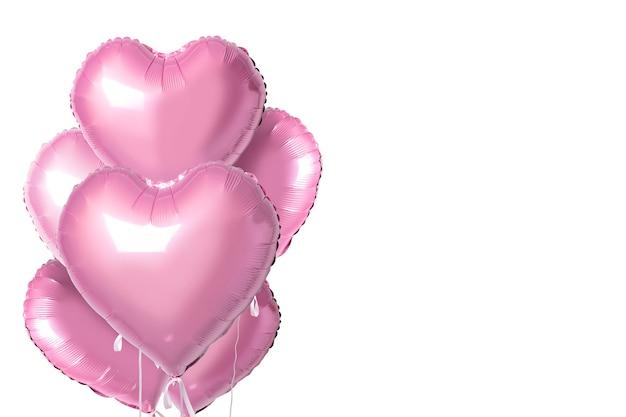 Bouquet de ballons en aluminium en forme de coeur de couleur rose isolés