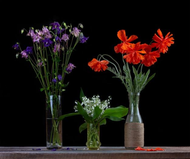 Bouquet de coquelicots rouges