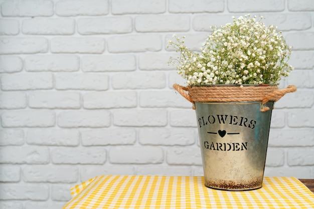 Bouquet de gypsophile blanche