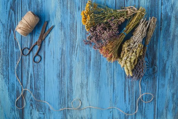 Bouquet de lavande séchée. campagne
