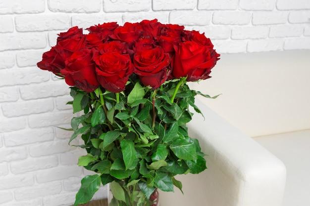 Bouquet de luxe composé de roses rouges