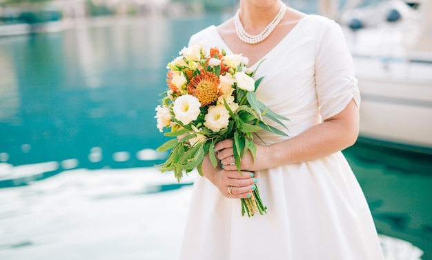 Bouquet de mariée mariage de proteus verdure italiane lisianthus