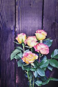 Bouquet de roses en fleurs