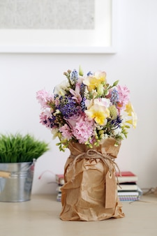 Bouquet sur la table